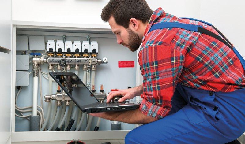 zukunftssichere jobs energiewirtschaft facharbeiter sind begehrt. Black Bedroom Furniture Sets. Home Design Ideas